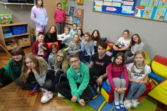 Teatralna noc w szkole II- w klimacie świątecznym
