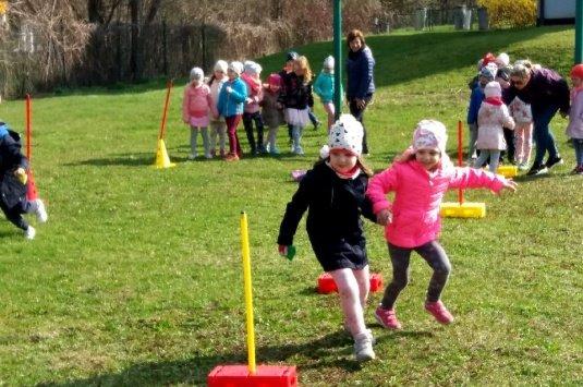 Dzień sportu w punktach przedszkolnych