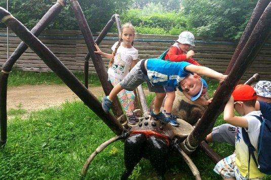 Wycieczka przedszkolaków do Dream Parku