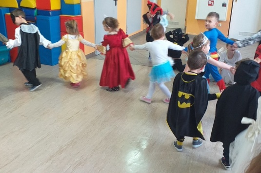 Bal przebierańców w Punktach Przedszkolnych w Puńcowie